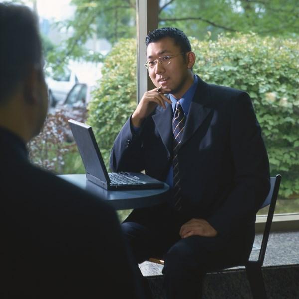 Q. 外資コンサルと日系コンサルで仕事内容は違うの?
